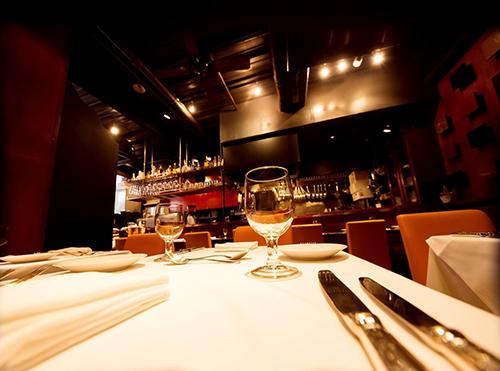 食事会の場所